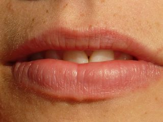 mouth-7336_640